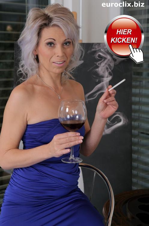 Ein Glas Rotwein mit Hausfrauen aus Berlin?