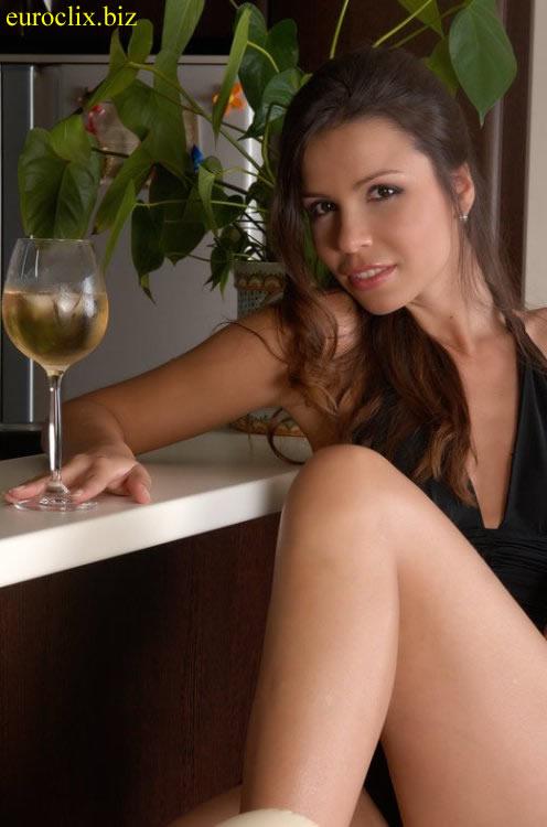 Singles aus Bremen suchen Flirtkontakte, wie Jennny (24).